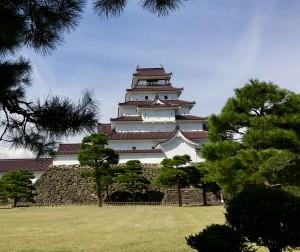 Die restaurierte Burg Aizu heutzutage